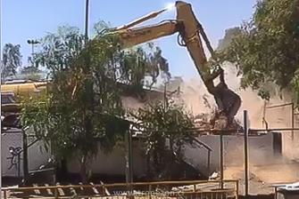 Demolición de la sede del club Unión Santa Corina en no más de 30 minutos lo que costo construir en 50 años