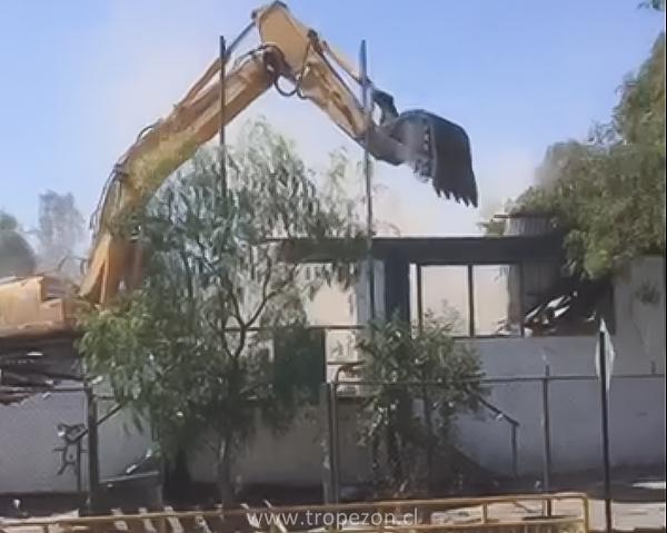 Inicio de demolición de la sede del club Unión Santa Corina