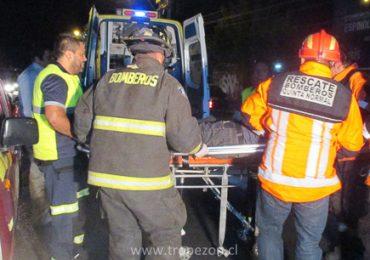 Joven colombiano resulta herido en choque de moto con automóvil en Pudahuel