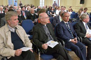 Invitados a la  cuenta pública anual, Arzobispo de Santiago