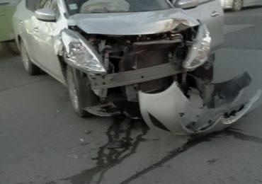 Choque y derrame de combustible inhabilita arteria en Pudahuel