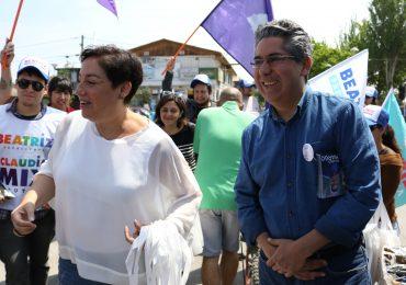 Beatriz Sánchez y Ricardo Camargo visitan el Persa Teniente Cruz