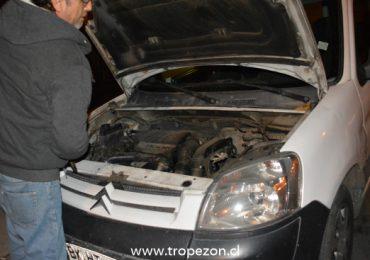 Dirigente de Pudahuel participaba en diálogo ciudadano mientras delincuentes robaban las pertenencias de su auto