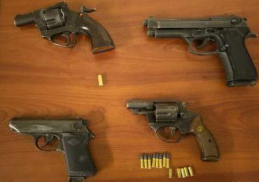 Carabineros de la 26 comisaria de Pudahuel detienen a seis sujetos e incautan armas de fuego