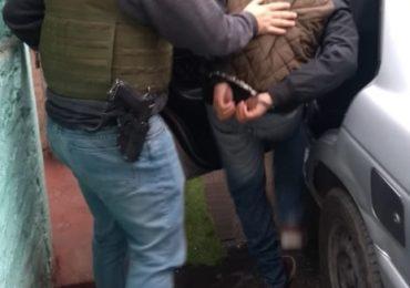 Juvenil delincuente, prófugo de la justicia, es detenido en Cerro Navia