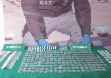 O.S.7 de Carabineros incauta drogas ilícitas y detiene a dos sujetos en Pudahuel