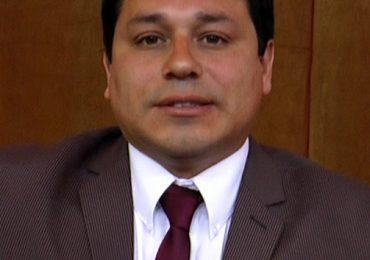 """José Escobar por persa Teniente Cruz: """"La municipalidad es responsable de fiscalizar, pero es ley muerta"""""""