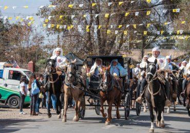 Miles de fieles participaron de la fiesta de Cuasimodo en Colina