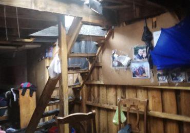 Diez damnificados por incendio de sus viviendas en Cerro Navia