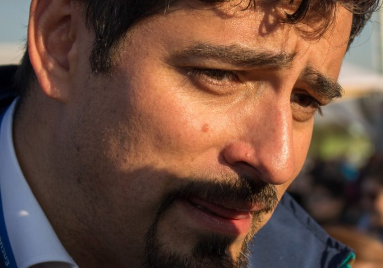 Metro Víctor Jara: Alcalde de Cerro Navia pide que estación de Línea 7 lleve el nombre del cantautor