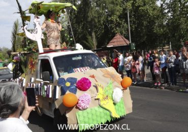 Se realiza carnaval cultural por el derecho a la vivienda en Pudahuel