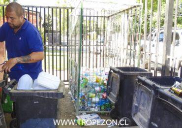 Gran aporte de junta de vecinos al habilitar espacio que permite el reciclaje en Pudahuel