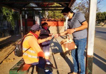 """""""Cuidémonos juntos"""": inician campaña de entrega de mascarillas reutilizables en Cerro Navia"""