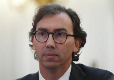 Presentan recurso de protección contra el ministro Figueroa por anuncio de vuelta a clases en Cerro Navia