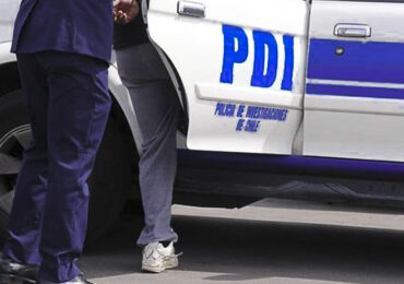 Hombre de 26 años muere de un balazo en la cabeza en Cerro Navia