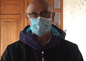 Johnny Carrasco vuelve a sus funciones luego de estar en cuarentena por coronavirus