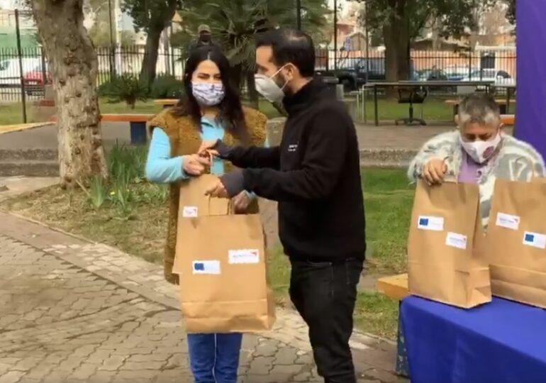 Organización World Vision dona 300 kit con útiles de aseo para la mujer en Cerro Navia