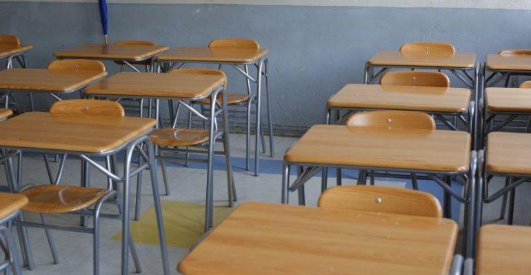 """Federación Nacional Asistentes de la Educación: """"Se gastaron 300 millones en un spot y no se invierte en educación a distancia"""""""