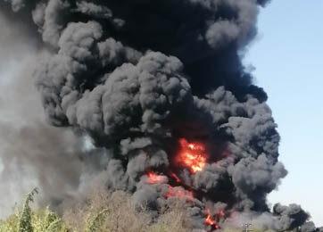 Gigantesco incendio en el límite de Renca y Cerro Navia puso en alerta a vecinos