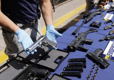 Arsenal de armas modificadas y munición son incautadas en cuatro comunas entre ellas Pudahuel y Cerro Navia