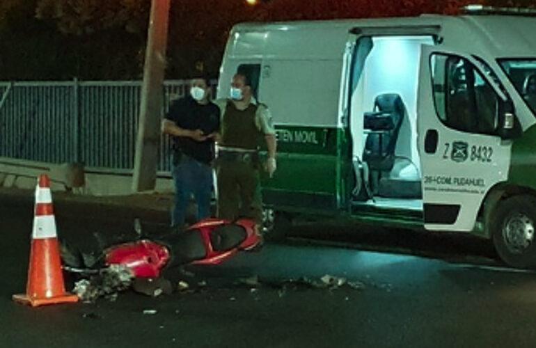 Mujer muere en choque de motocicleta con automóvil en Pudahuel rural