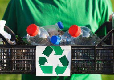Ya van más de 3 mil: Vecinos de Pudahuel reúnen firmas por una política de apoyo al reciclaje