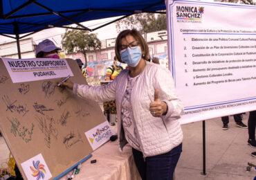 Mónica Sánchez y un grupo de postulantes al concejo municipal firman compromiso público por la cultura en Pudahuel