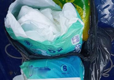 Dirigentes sociales de Pudahuel ayudan a personas necesitadas con entrega de pañales solidarios