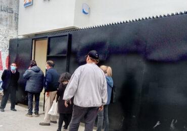 BancoEstado comienza atención a público tras haber terminado su reconstrucción en Cerro Navia