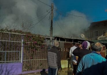 Vivienda es destruida por incendio en Pudahuel