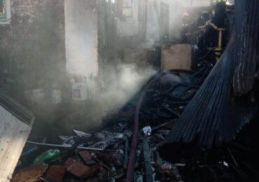 Incendio destruye vivienda en Pudahuel